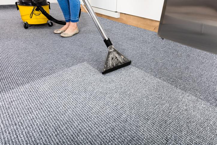 Grundreinigung Teppichboden